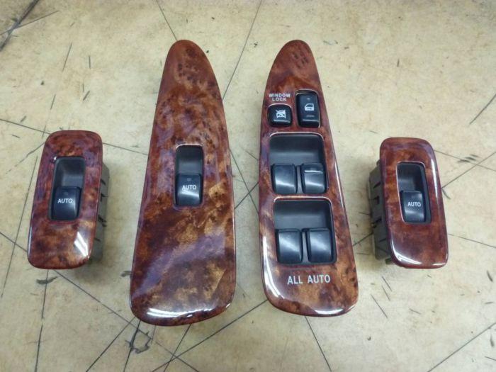 トヨタ 10系 アルファード 社外品 パワーウィンドウスイッチ インテリアパネル ウッドパネル 木目調 中古