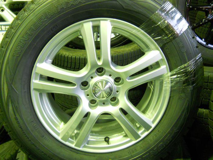 新品スタッドレスタイヤ ダンロップ 215/65R16 中古ホイールセット