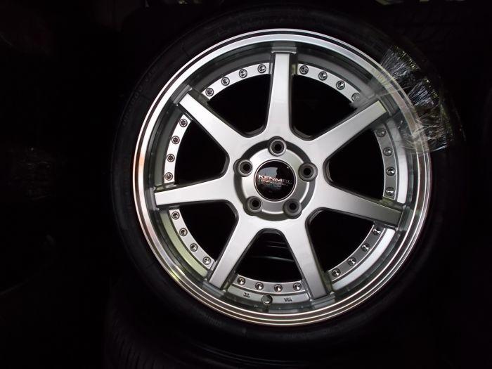新品タイヤホイールセット KENMEL117 18×7+48 ZEETEX 225/40R18