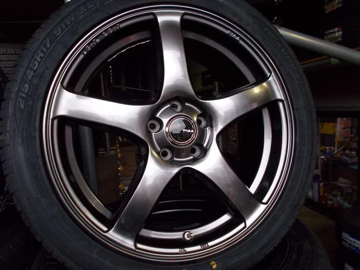【中古ホイール+新品タイヤ】PIAA 17インチ 215/45R17 4本セット