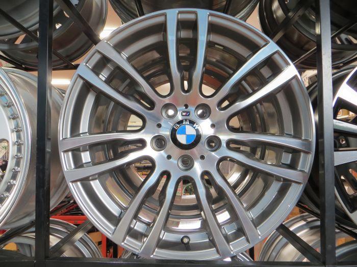 BMW 3シリーズ Mスポーツ 純正オプション 中古