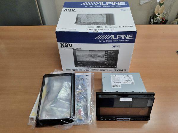 ALPINE アルパイン 80系 ヴォクシー専用 9型ワイドXGA LED液晶メモリーナビ BIG X X9V-VO 未使用品 【一部破損あり】